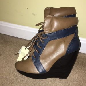 Zara Special Edition TRF HIGH TOP WEDGE BOOTIES